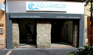 Aquabiking collectif en piscine aquavelo for Aquabiking boulogne billancourt piscine